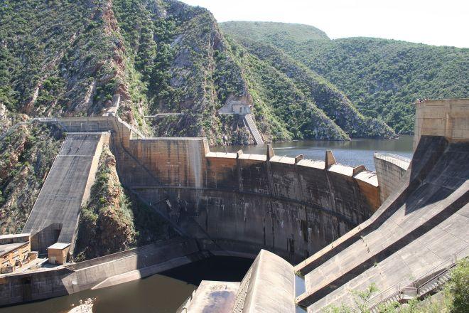 1920px-South_Africa-Paul_Sauer_Dam01-1920x1280
