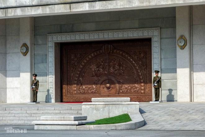 97-international-friendship-exhibition-soldiers