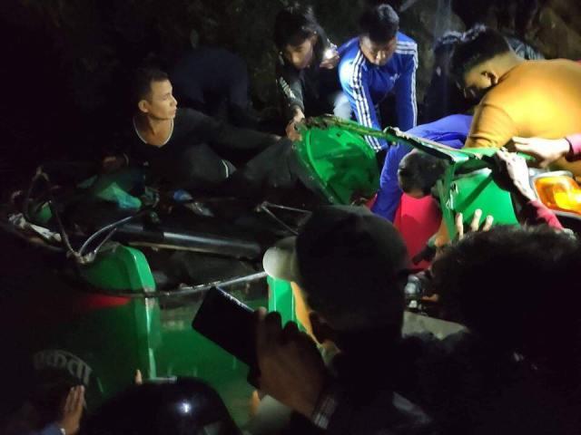 chitwan auto riksa DURGHATANA