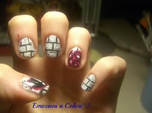 https://emozioniacolori.wordpress.com/2012/12/26/una-nail-art-romantica/