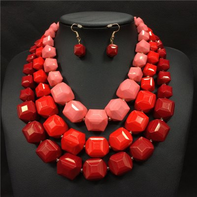 Lori necklace earring set red