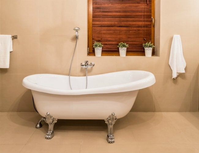 can you paint a bathtub yes and here