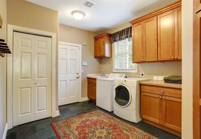 5 best types of laundry room flooring