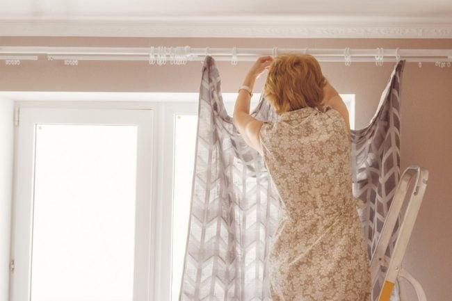 hanging curtains your 6 biggest design