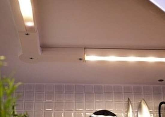 under cabinet lighting 10 shining