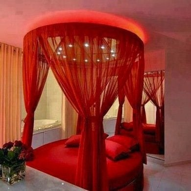 red rooms 34 spaces splashed with