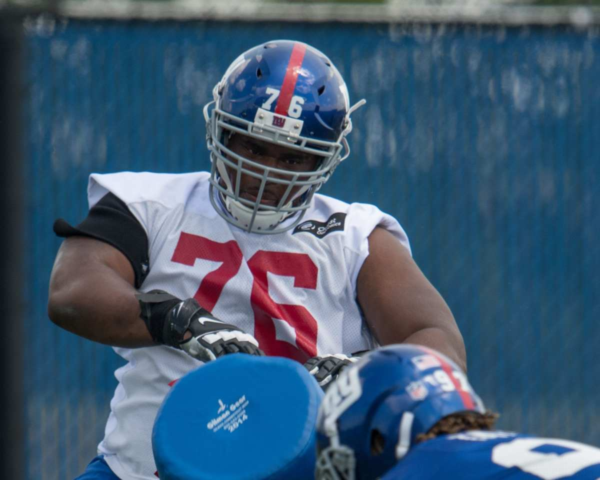 Former New York Giants Offensive Lineman Signs With Seattle Seahawks