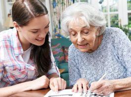cuidadora para señora mayor caretaker for ladies cuidadora domiciliaria home care