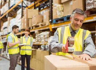 operarios de deposito mozo y moza de almacen warehouse operator