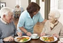 cuidadora matrimonio de adultos mayores caregiver marriage of older adults home care cuidadora domiciliaria