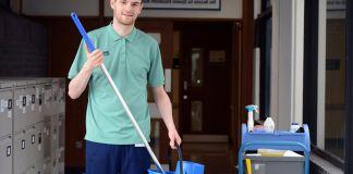 mucamos eventuales personal de limpieza y maestranza cleaning staff limpieza en hospitales y centros de salud