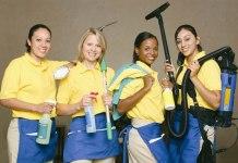 equipos de limpieza de casas personal masculino y femenino para limpieza de propiedades nuevas house cleaning teams male and female staff for cleaning vacant properties