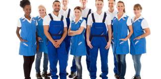 cleaning staff personal de limpieza operarios de limpieza janitors cleaning lady male cleaning