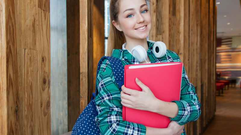 Hiring A Tutor For Your Child? 10 Factors To Consider Before You Decide