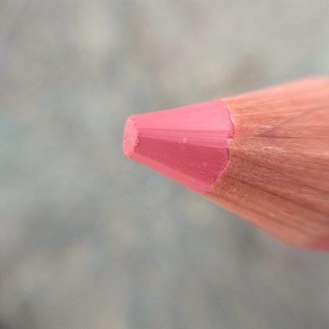 crayon rouge à lèvres avril rose charme