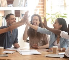 How Do Peer to Peer Recognition Programmes Work