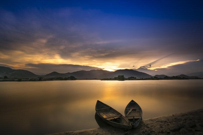bote oceano laguna