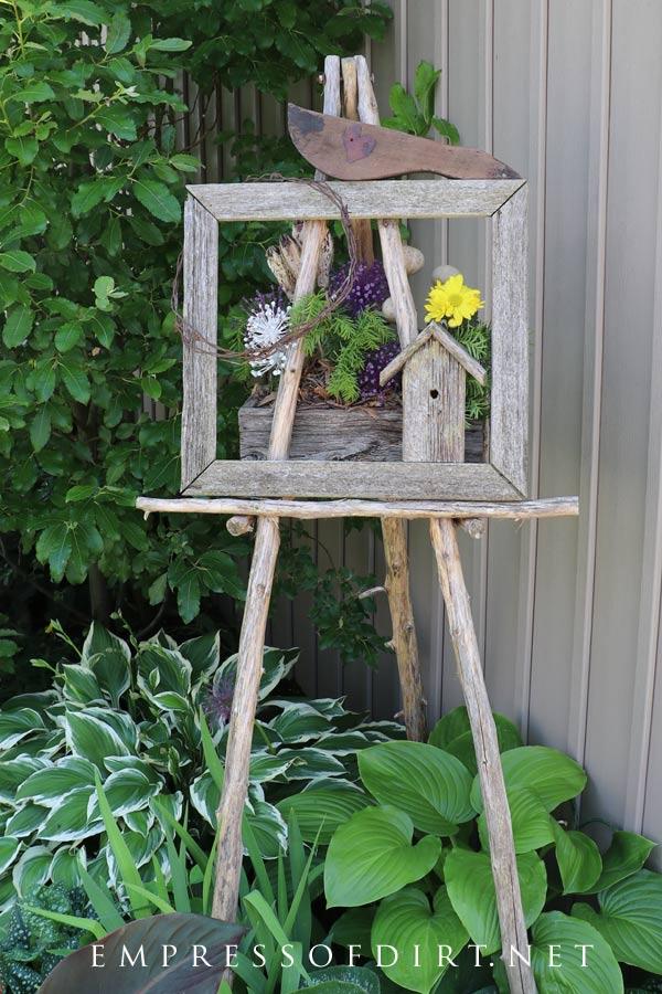 Garden Art Easel Idea Gallery | Empress of Dirt on Easel Decorating Ideas  id=41069