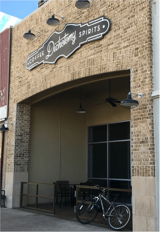 a waco weekend - waco texas - waco travel - waco coffee shop - coffee - waco trip
