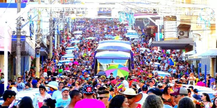 Bloco de Carnaval Jardineira em Taquaritinga