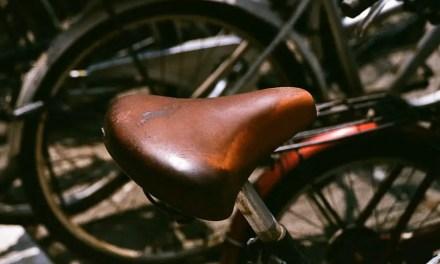 Saddle up! – Fuji Superia X-TRA 400 (35mm)