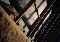 Blackout - Kodak Ektachrome 100VS (E100VS) shot at ISO100 Color reversal (slide) film in 35mm format
