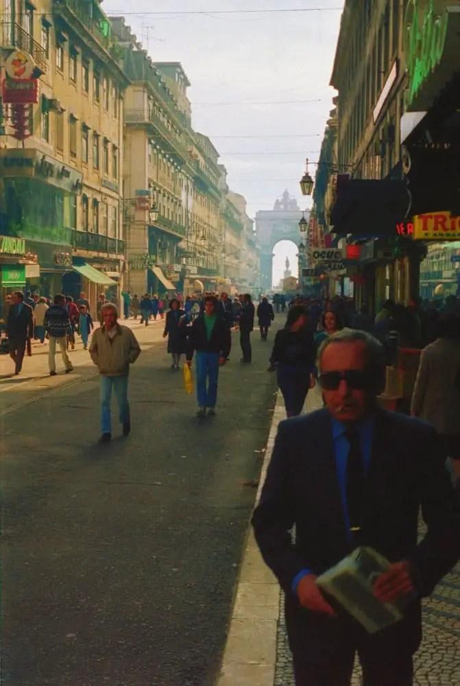 Pedestrians Lisbon - 3M-Ferrania (1986)