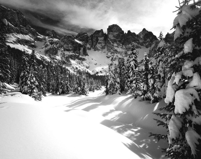 Val Venegia, Winter - Mamiya 7ii - Ilford Sfx 200
