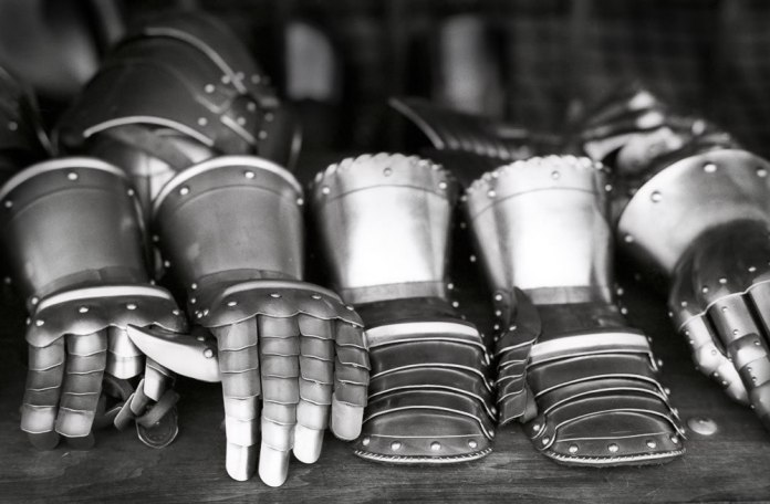 Gauntlets - Ilford Delta 100 Professional - Richard Pickup