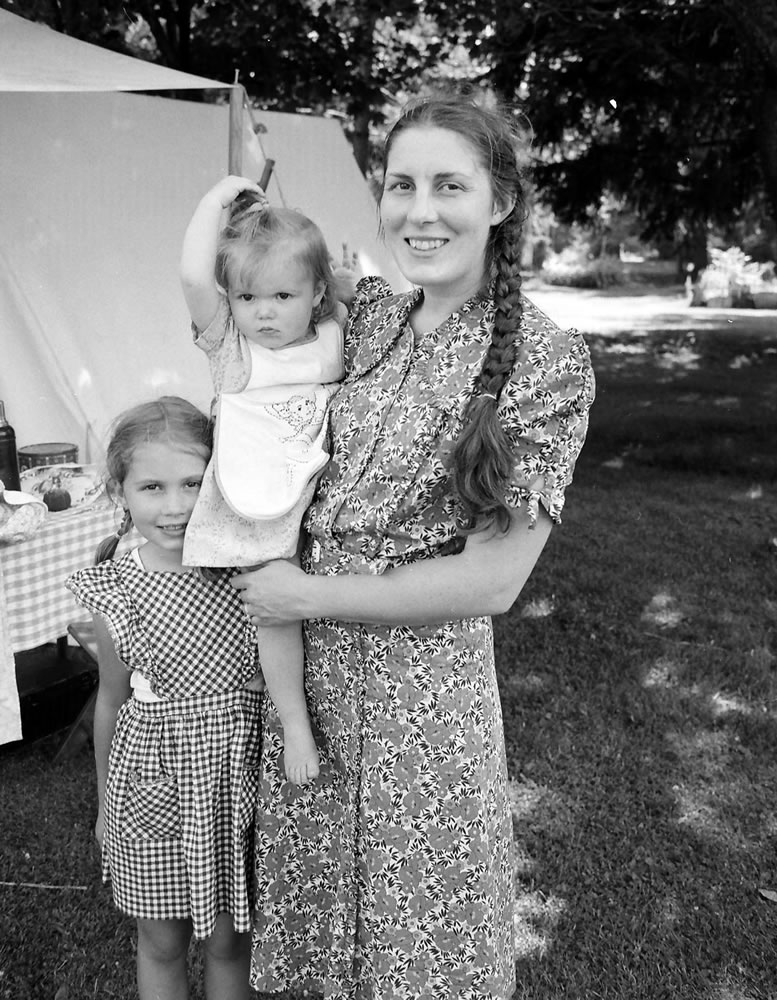 Home front mother and daughter reenactors, 7/14, HP5 (120) in HC110 Dilution H
