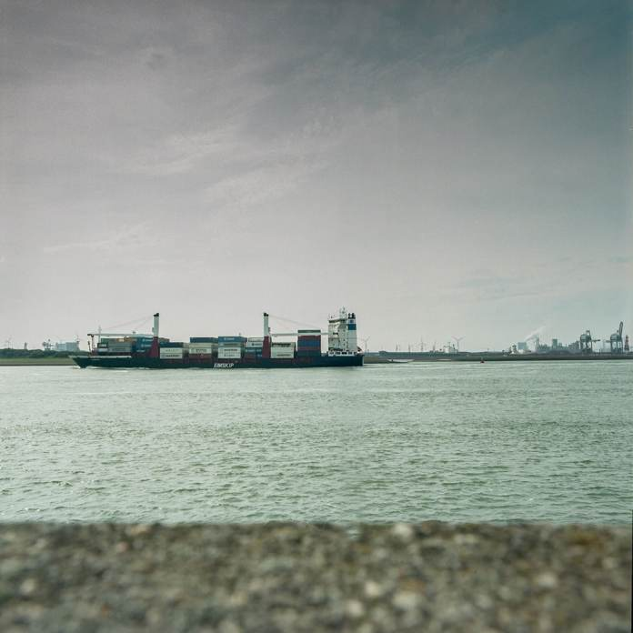 Hoek Van Holland - Hasselblad 500C-M 80mm - ID11 - Kodak Portra 400 - Epson v600