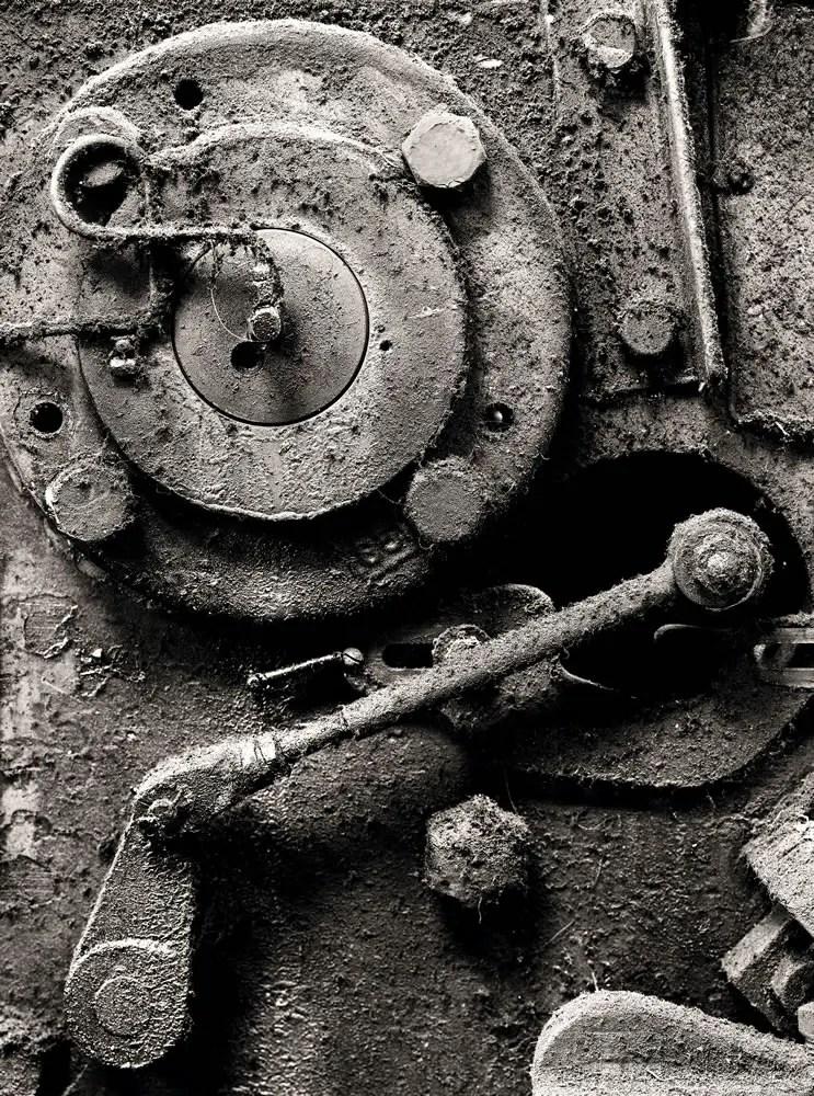 """Metalshop - Wisner 8""""x10"""" Nikkor 300mm, Ilford HP5+ in Kodak HC-110"""