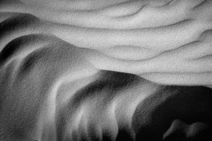 Sand Patterns, Ilford XP2 Super, Leica M6 TTL, 2016