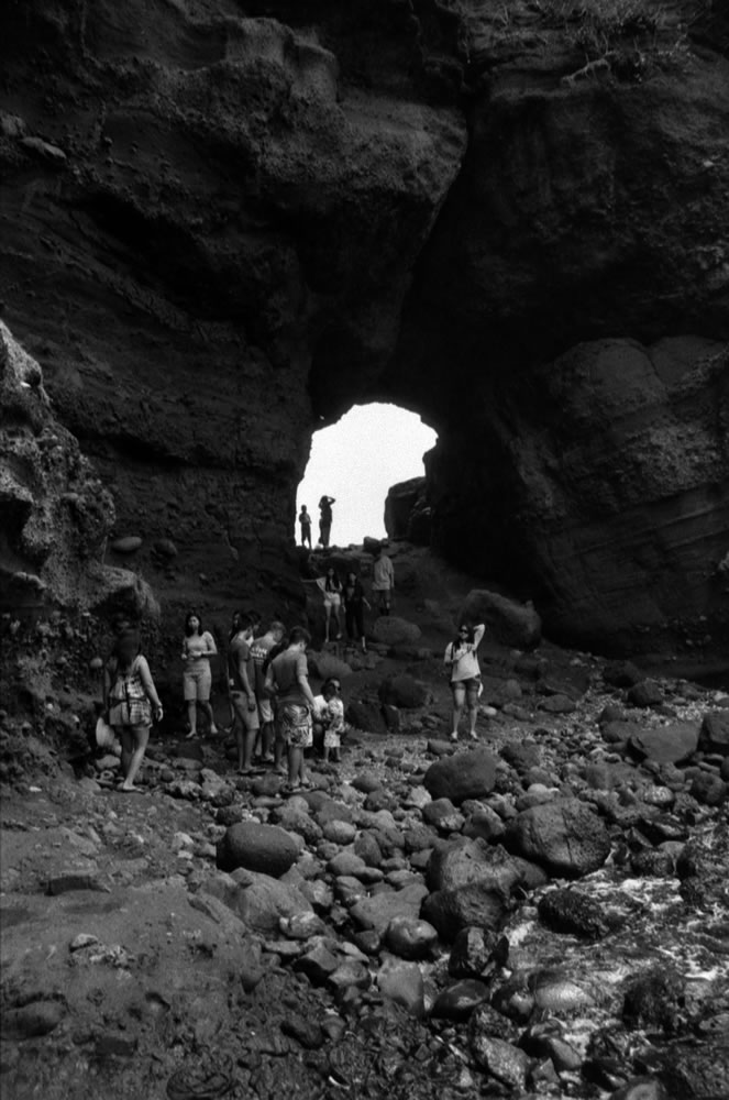 Bantay Abot Cave (Pagudpud, Ilocos Norte, PH) - Canon AE-1 Program, Canon FD 28mm F/2.8 - Kentmere 400