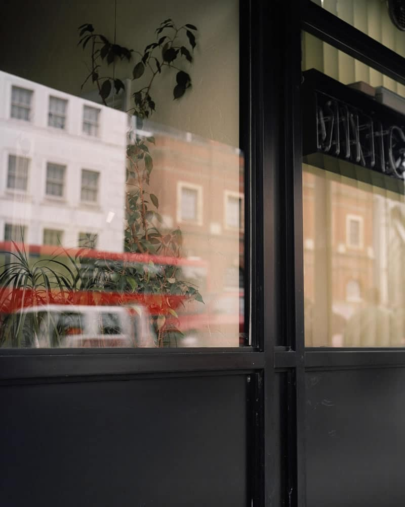 Taxi Office, Kodak Portra 400, Rolleiflex T, Liverpool Street