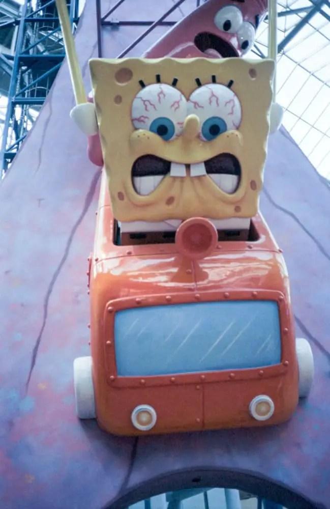 Minolta Hi-Matic - Indoor, with flash - Kodak Portra 400. Nickelodeon Universe at Mall of America, Minnesota, USA