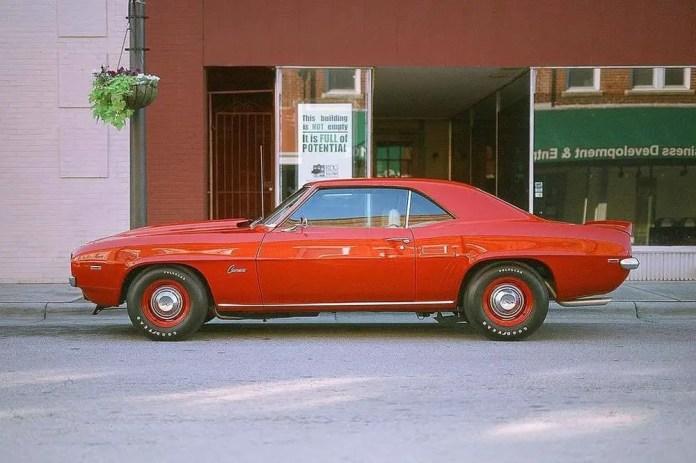 Jason Self - @thisJasonSelf 1969 COPO Camaro 👀📷: #canoneos3,🎞: #fujichromecduii,📲: @thedarkroomlab,#summerfilmparty,#thedarkroomlab_viv