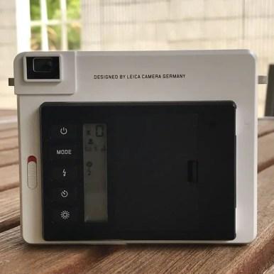 Leica Sofort - rear