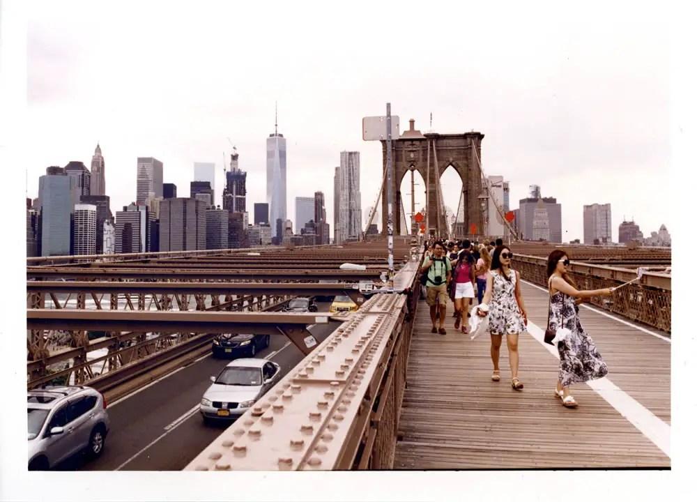 Brooklyn Bridge, New York 2016 Fuji Pro @ 400,35 negative format Canon EOS 3 / 24-70