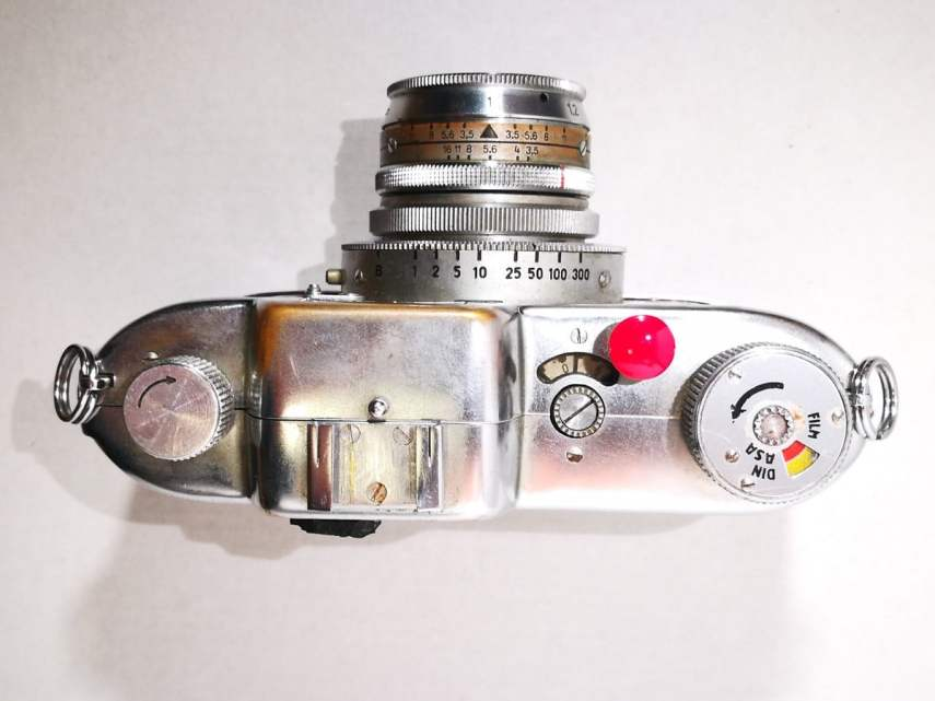 Apparate & Kamerabau Akarette II - Top