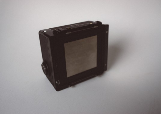 Bronica SQ-Ai - Film back (front)