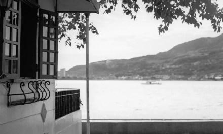 Summer getaway – Shot on Kodak Portra 400 BW at EI 400 (120)