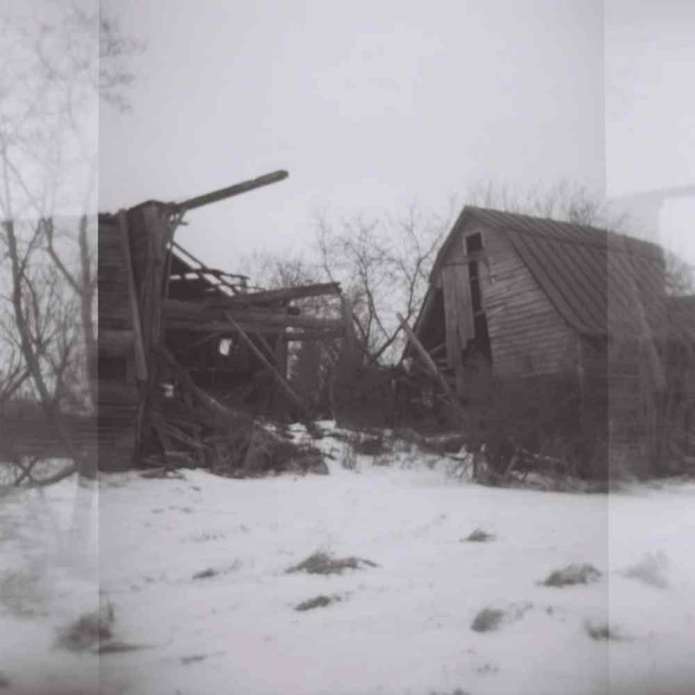 Abandoned Barns, Kodak T-Max BW, 120 Film, ISO 400, Holga Toy Camera, New York State
