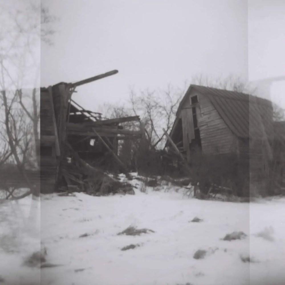Abandoned Barns, Kodak T-Max BW, 120 Film, ISO 400, Holga Toy Camera, New York State