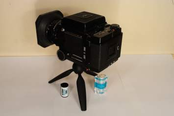 Mamiya RB67 - Left 1/4 view from behind