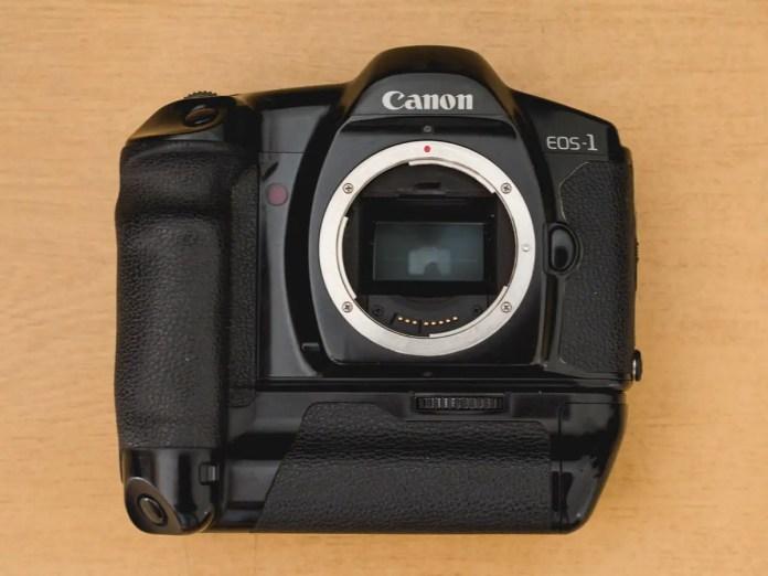 Juan Gauna - Canon EOS1 - Front
