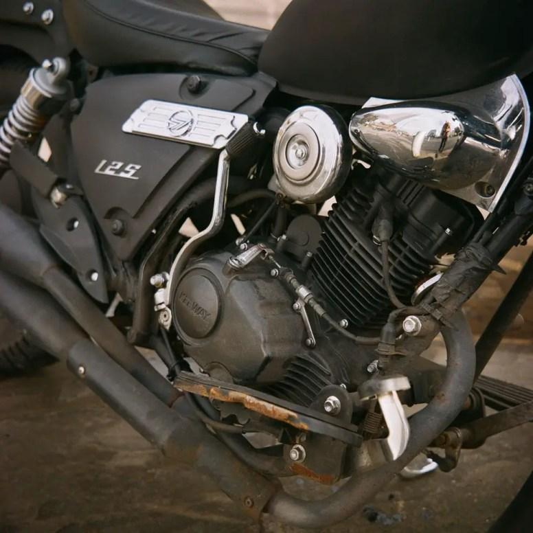Motorbike - Lomography Color Negative 400