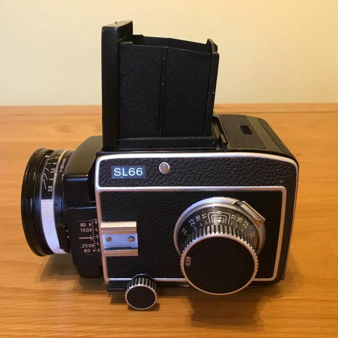 Rolleiflex SL66 - Left
