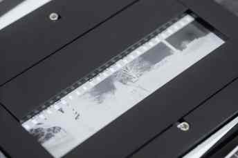 pixl-latr - Digitising an XPan frame on an iPad