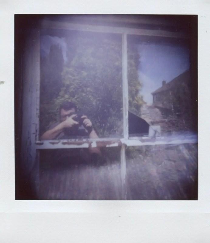 Diana Instant Square - Close-up lens - Broken Window